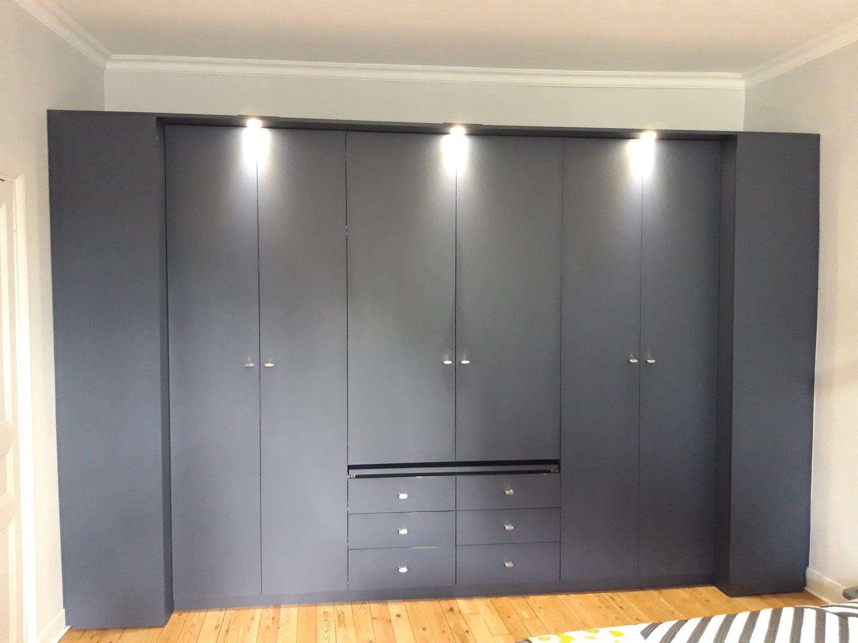 grande armoire dressing chambre parentale